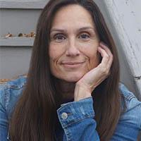 Jeannie E Roberts